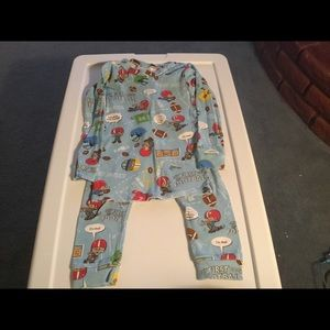 Books to Bed Boys Football Pajama Set.  Size 5